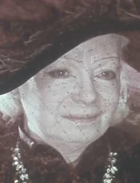 Lucienne Bogaert dans Tang