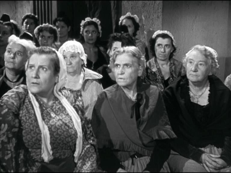 Marthe Marty a gauche